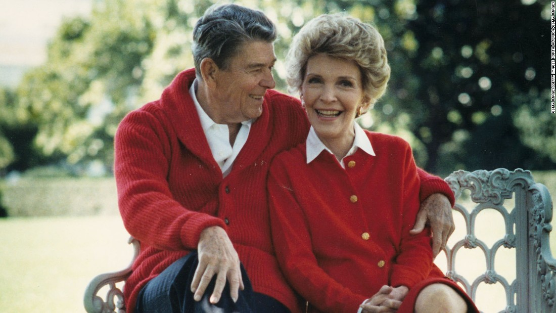 "reagan chatrooms Former president ronald reagan, 88, is in a slow decline from alzheimer's disease, but there has been no sudden change in his condition, nancy reagan said wednesday in an effort to put to rest rumors that he is near death ""the rumors are absolutely false,"" the former first lady said in a statement."