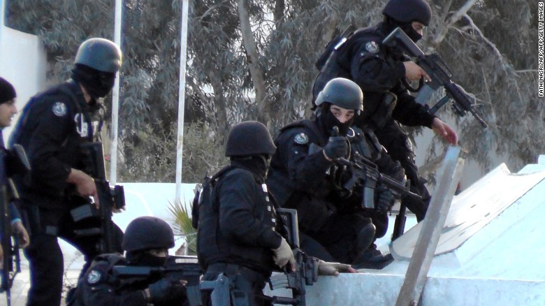 Tunisia: ISIS militants muster 'military style' attack