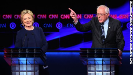 Democratic debate in Flint: Clinton, Sanders fight to move needle