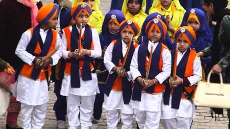 otr india religion newton pkg_00012213.jpg
