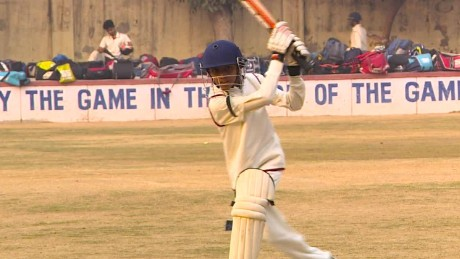 otr india cricket newton pkg_00004011.jpg