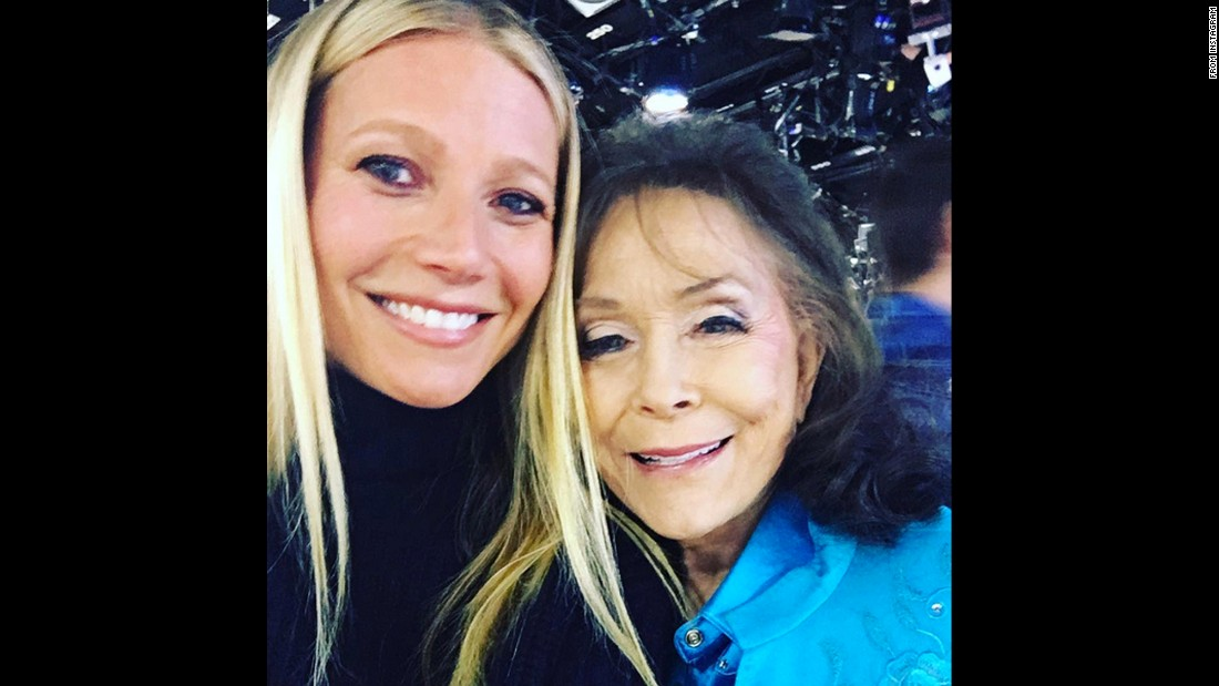 """Oh my goodness, just ran into the beautiful legend #lorettalynn at the #todayshow,"" <a href=""https://www.instagram.com/p/BCiHoZ_CPdv/?taken-by=gwynethpaltrow"" target=""_blank"">actress Gwyneth Paltrow said on Instagram </a>on Friday, March 4."
