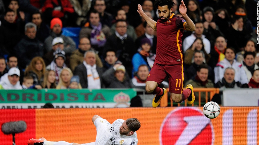 Mohamed Salah of AS Roma missed two clear shots on goal for the Italians. His speed proved difficult for the Madrid defenders, who nevertheless kept their clean sheet at home in the Champions League this season.