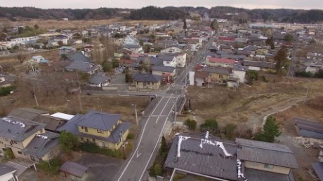 cnnee pkg will ripley fukushima terremoto 5 aniversario radiacion futaba_00013219