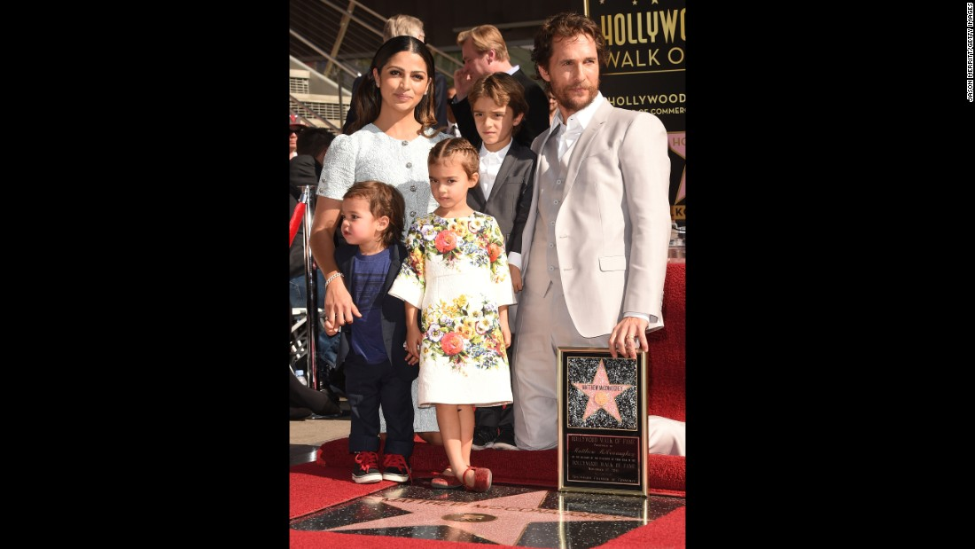 Brazilian model Camila Alves and actor Matthew McConaughey are raising their children to speak Portuguese.