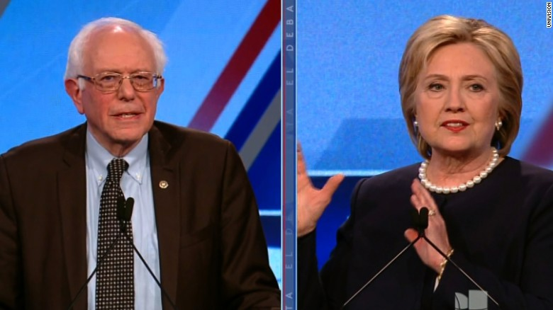 Clinton, Sanders weigh on Donald Trump's border wall