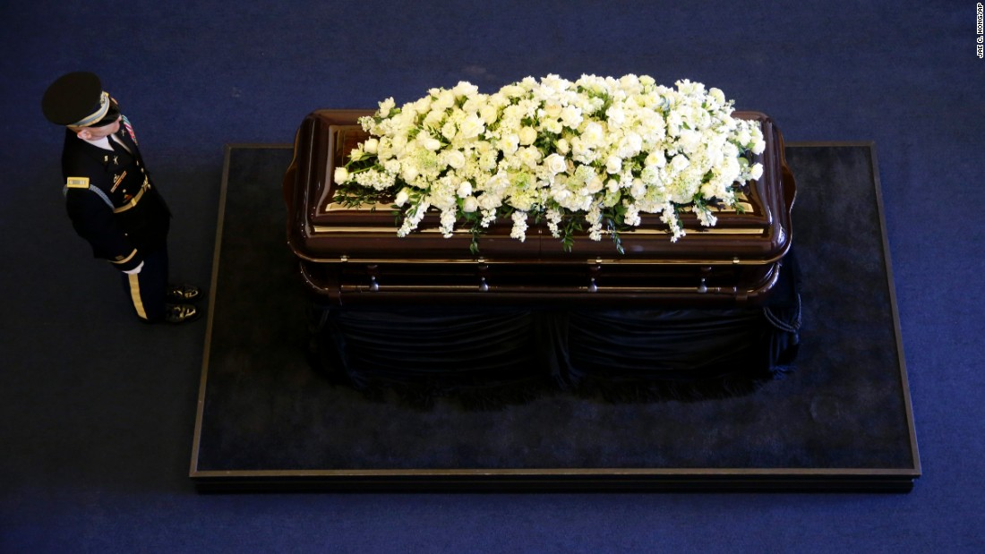 "The casket of <a href=""http://www.cnn.com/2016/03/06/politics/nancy-reagan-dies-obit/index.html"" target=""_blank"">Nancy Reagan</a> lies in repose Wednesday, March 9, at the Ronald Reagan Presidential Library in Simi Valley, California. The former first lady died March 6 at the age of 94."