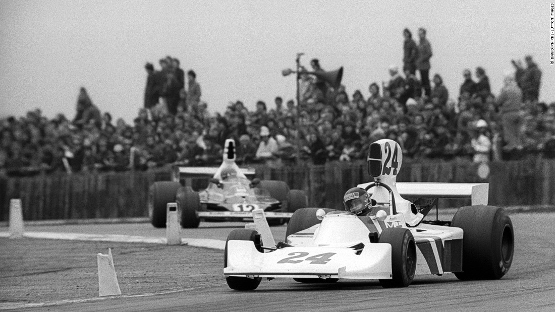Hunt started his F1 career driving for the Hesketh Racing team in 1973. Here he competes for Hesketh at a non-F1 race at Silverstone in 1975, the year before he joined McLaren.