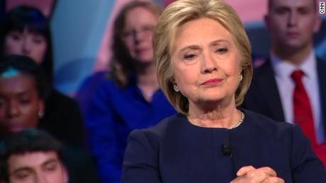 Hillary Clinton: Trump has ignited a 'political arson'