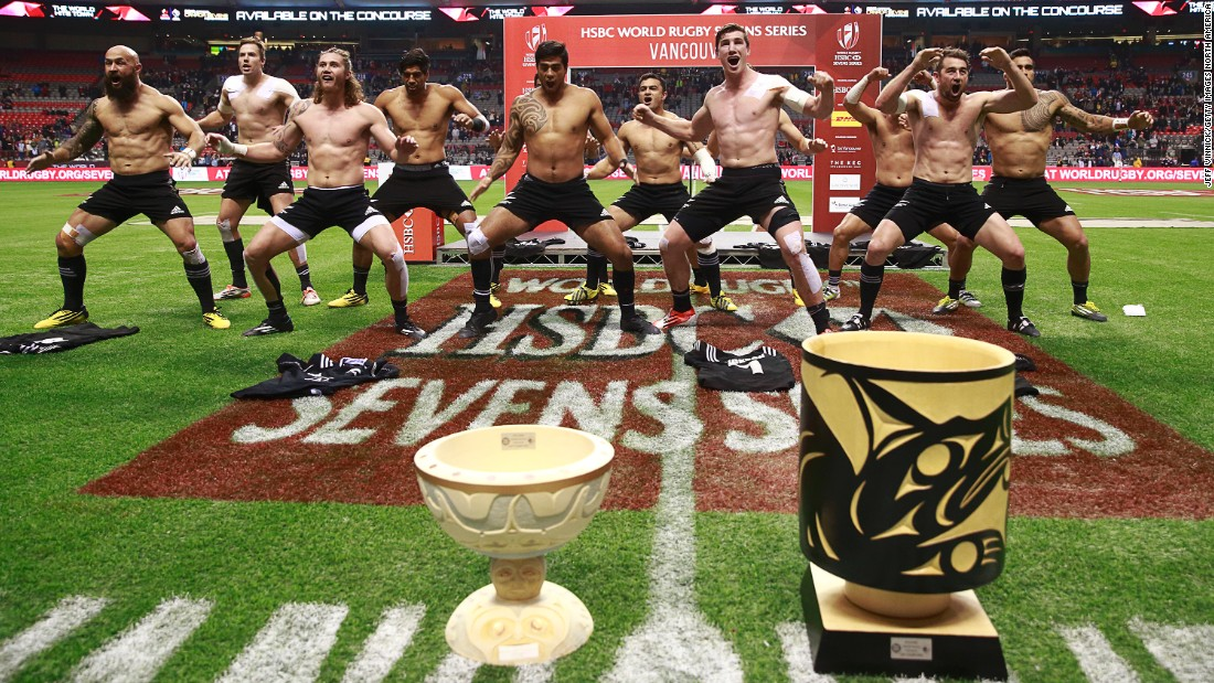 New Zealand players celebrate their victory in the inaugural Canada Sevens by performing the haka.