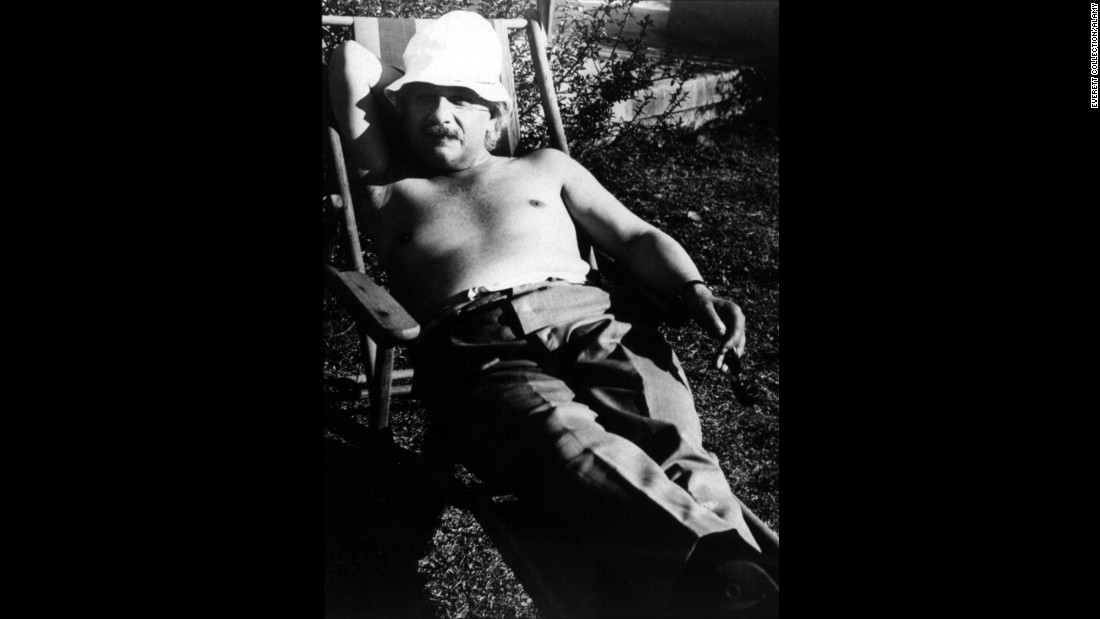 Einstein relaxes in Palm Springs, California, in 1932.