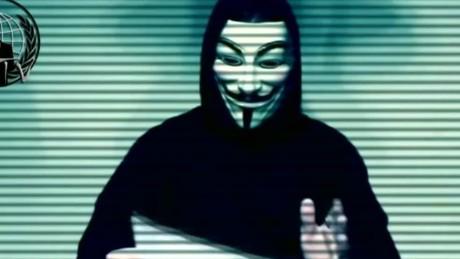 cnnee samule burke anonymous declara la guerra total contra trump_00001903