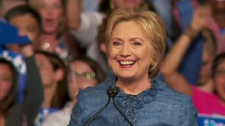 Hillary Clinton shout smile moos pkg erin_00000112