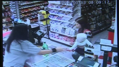 clerk saves baby mom seizure dnt_00002913