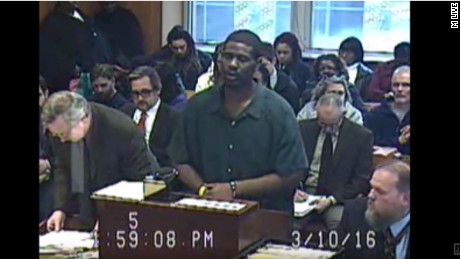 Brian Earl Taylor sings an apology before being sentenced in an Ann Arbor, Michigan, courtroom.