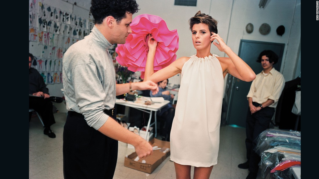 Isaac Mizrahi fitting a model by Nick Waplington, <em>The Isaac Mizrahi Pictures</em>
