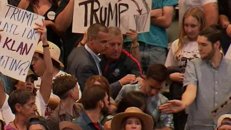 trump aide protester altercation raw_00001120