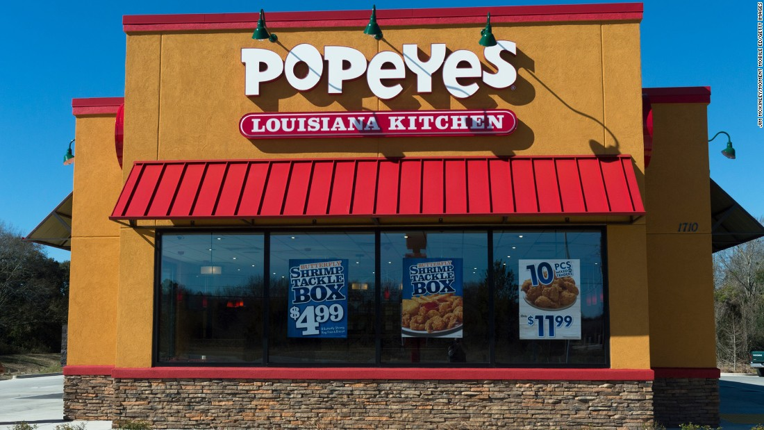 Popeyes Job Applicant Helps Stop Robber At Interview Cnn Com