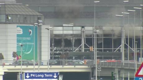 cnnee vo explosiones en el aeropuerto de belgica _00000101