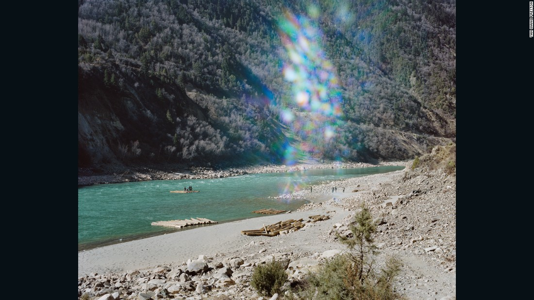 Photographer Yan Wang Preston documented the full 6,211 km of the Yangtze River.