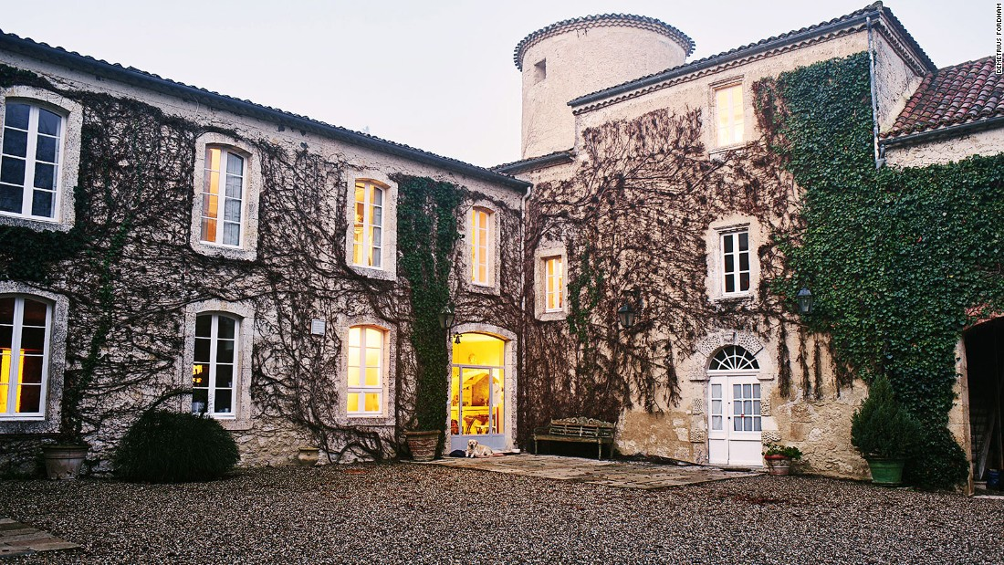 On the outskirts of each village in Gascony are numerous beautiful gites: country cottages, often part of a farm or estate, that are rented out to visitors.