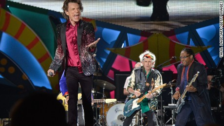 British singer and frontman of rock band The Rolling Stones Mick Jagger performs during a concert at Ciudad Deportiva in Havana, Cuba, on March 25, 2016. AFP PHOTO / YAMIL LAGE / AFP / YAMIL LAGE        (Photo credit should read YAMIL LAGE/AFP/Getty Images)