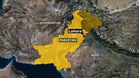 Lahore Pakistan blast park_00000000