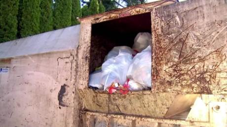 newborn baby found in grabage compactor pkg_00000923