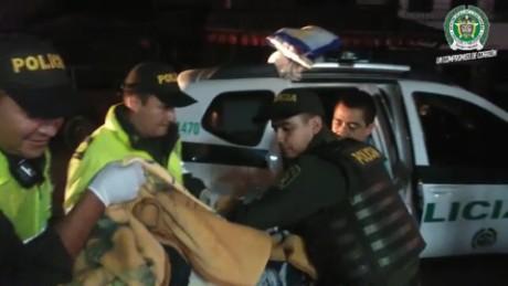cnnee vo policia atiende parto colombia _00001707