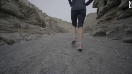 mina guli marathon runner water crisis interview_00044726
