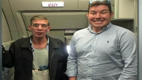 cnnee encuentro vo avion egipcio foto con el secuestrador_00003217