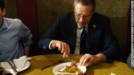 Was Kasich's pizza fork a political stunt?