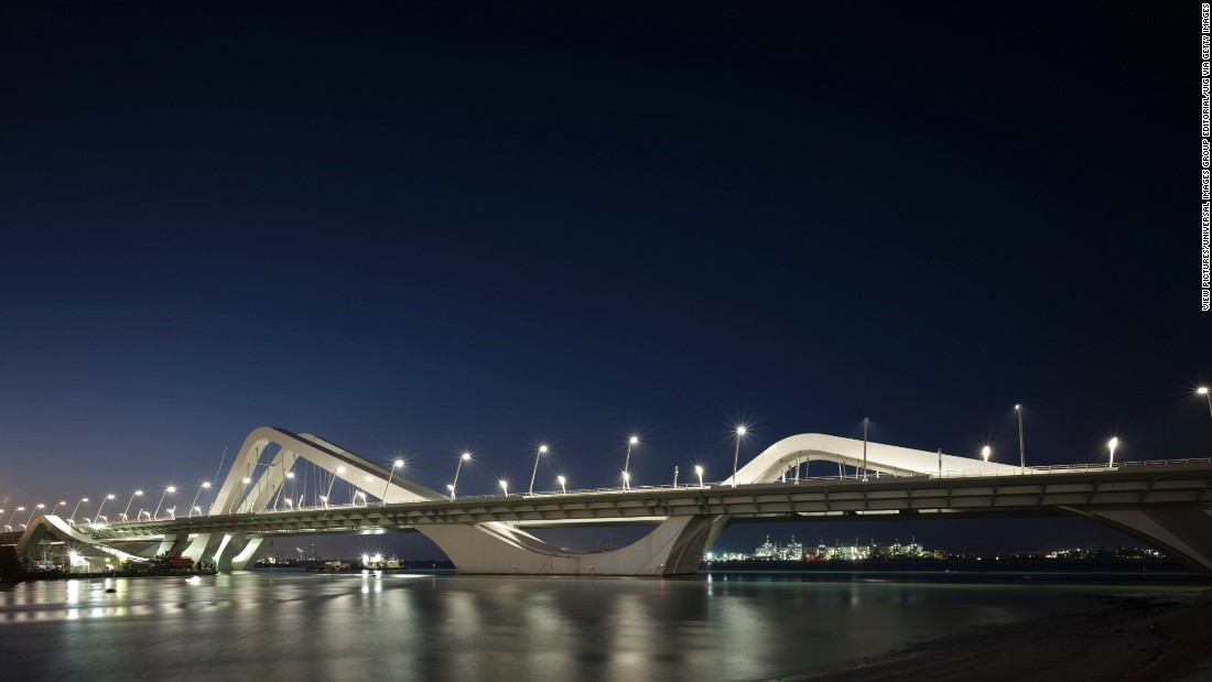 The distinctive curves of the Sheikh Zayed Bridge are meant to recall desert sand dunes.