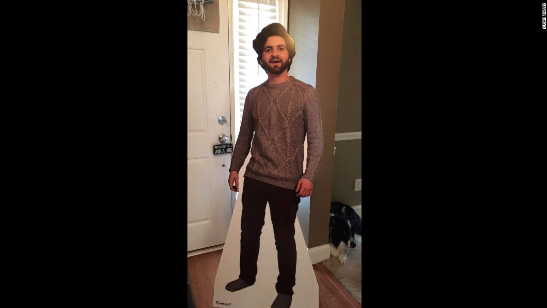 Dalton Ross, a 22-year-old student, recently moved to London to study abroad. He decided to send his mom a life-sized cut out cardboard version of himself. What his mom did next was not what he expected.