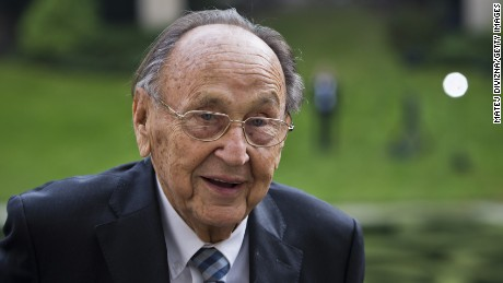 Former German Foreign Minister Hans-Dietrich Genscher is shown on September 30, 2014.
