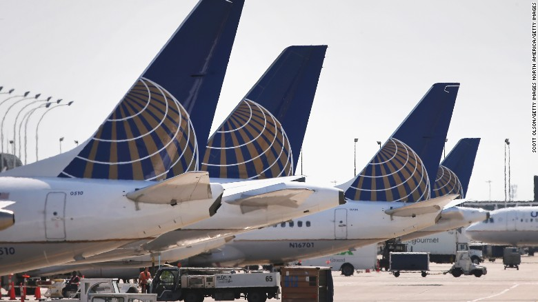 CHICAGO, IL - SEPTEMBER 19: United Airlines jets sit at gates at O'Hare International Airport on September 19, 2014 in Chicago, Illinois. In 2013, 67 million passengers passed through O'Hare, another 20 million passed through Chicago's Midway Airport, and the two airports combined moved more than 1.4 million tons of air cargo. (Photo by Scott Olson/Getty Images)