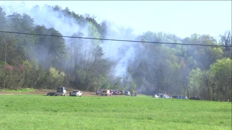 Sightseeing helicopter crashes in Tennessee