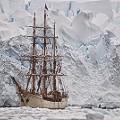 Martin Frey sailing antartica