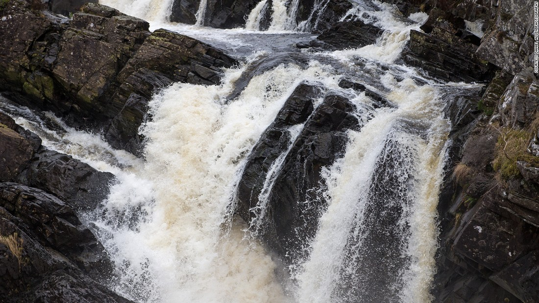 Well worth a visit on the route out from Inverness, Rogie Falls are a series of dramatic cascades on the River Blackwater in Torrachilty Forest. Visit from July through late September for a chance to see Atlantic salmon leaping up the adjacent salmon ladder.