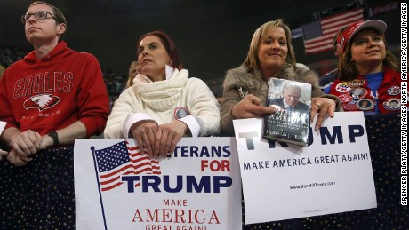 BILOXI, MS - JANUARY 02:  Supporters of the Republican presidential frontrunner Donald Trump listen to him speak at the Mississippi Coast Coliseum on January 2, 2016 in Biloxi, Mississippi. Trump, who has strong support from Southern voters, spoke to thousands in the small Mississippi city on the Gulf of Mexico. Trump continues to split the GOP establishment with his populist and controversial views on immigration, muslims and some of his recent comments on women.  (Photo by Spencer Platt/Getty Images)