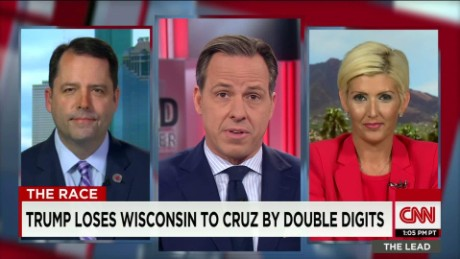 trump and cruz camps face off lead intv_00001918