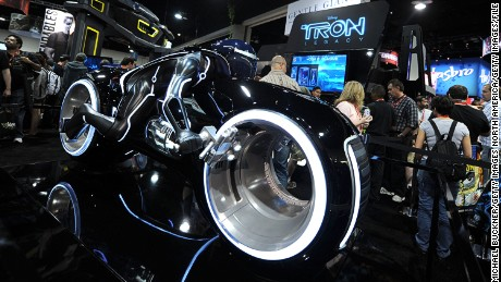 "The ""TRON: Legacy"" motorbike was also designed by Daniel Simon."