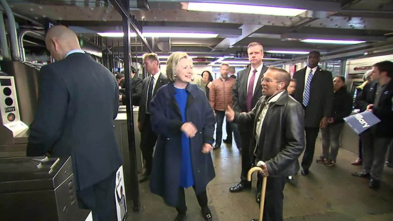 hillary clinton subway_00000000