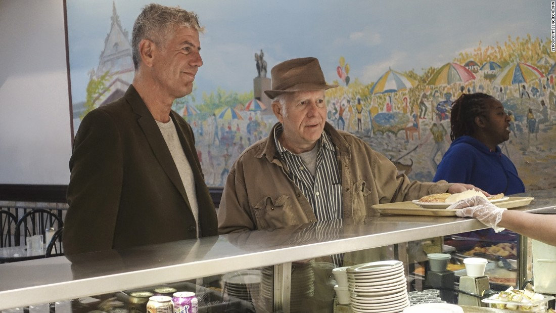 Anthony Bourdain and Chicago blogger and Old Town Ale House owner Bruce Cameron Elliott pick their pleasure at cafeteria-style Valois Restaurant.