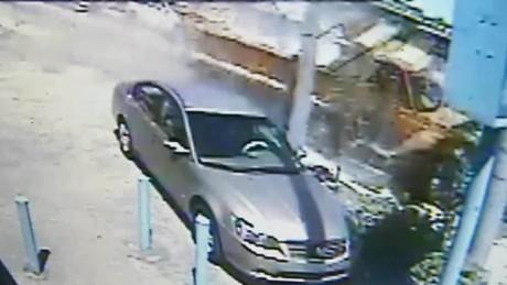 miami dump truck crash caught on camera pkg_00001028