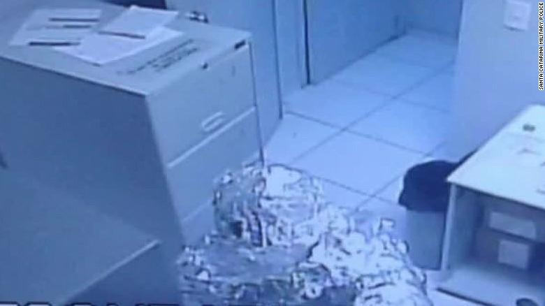 tin foil robbers brazil lklv romo _00003019