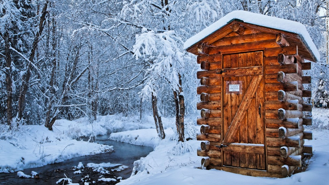 "This employees-only wooden washroom helps cut down on yellow snow at Alaska's Chena Hot Springs Resort. (Picture credit: <a href=""https://500px.com/"" target=""_blank"">500px</a>)"