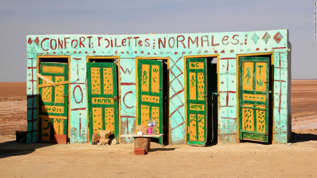 "These roadside ""comfort toilets"" stand near the Tunisian desert film location of ""Star Wars."" Insert your own ""use the Force"" joke here. (Picture credit: <a href=""https://500px.com/"" target=""_blank"">500px</a>)"