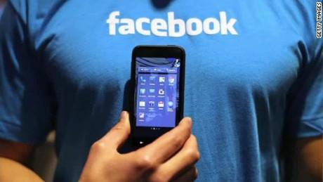 ns topolsky facebook stout intv_00040317.jpg