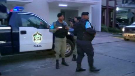 cnnee pkg valdes panama papers allanamiento mossack fonseca_00005202